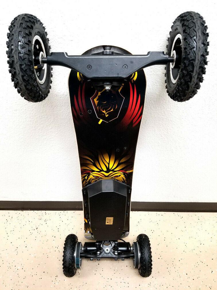 New Road Skateboard Scooter w/ Tires